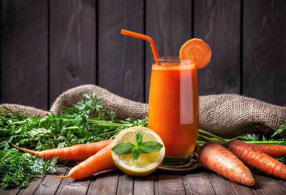 Морковный сок: польза и вред